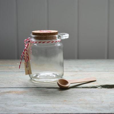Glass_salt_jar