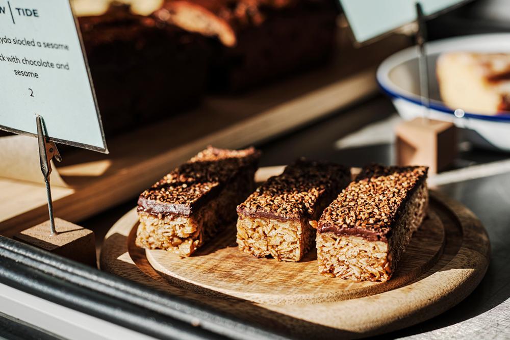 Tide Bars: Toasted Sesame + Sea Salt Flapjacks